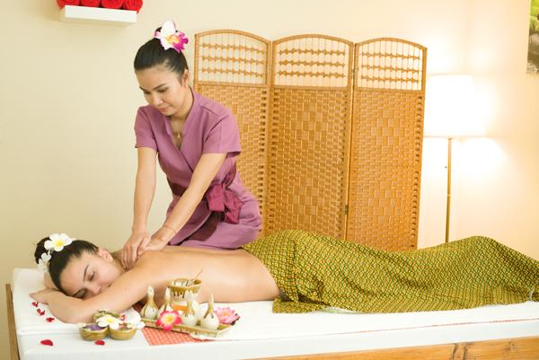 Kopf-, Rücken- und Schulter-Massage